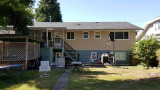 Photo 2: 625 SCHOOLHOUSE Street in Coquitlam: Central Coquitlam House for sale : MLS®# R2107726
