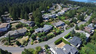 Photo 34: 8806 Forest Park Dr in NORTH SAANICH: NS Dean Park House for sale (North Saanich)  : MLS®# 742167