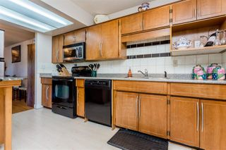 "Photo 3: 101 15529 87A Avenue in Surrey: Fleetwood Tynehead Townhouse for sale in ""Evergreen Estates"" : MLS®# R2110362"