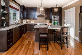 Photo 7: 688 PORTER Street in Coquitlam: Central Coquitlam House for sale : MLS®# R2134247
