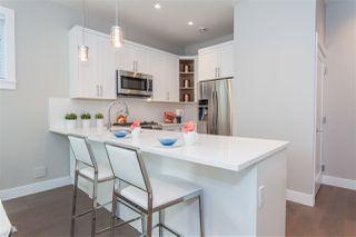 Photo 6: 1123 E 10TH Avenue in Vancouver: Mount Pleasant VE House 1/2 Duplex for sale (Vancouver East)  : MLS®# R2152047