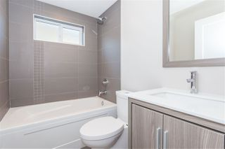 Photo 9: 1123 E 10TH Avenue in Vancouver: Mount Pleasant VE House 1/2 Duplex for sale (Vancouver East)  : MLS®# R2152047