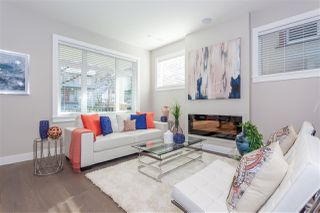 Photo 5: 1123 E 10TH Avenue in Vancouver: Mount Pleasant VE House 1/2 Duplex for sale (Vancouver East)  : MLS®# R2152047
