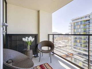 "Photo 11: 1316 7988 ACKROYD Road in Richmond: Brighouse Condo for sale in ""QUINTET"" : MLS®# R2159738"