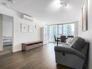 "Photo 5: 1316 7988 ACKROYD Road in Richmond: Brighouse Condo for sale in ""QUINTET"" : MLS®# R2159738"
