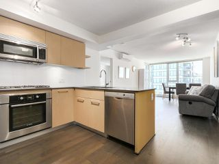 """Photo 3: 1316 7988 ACKROYD Road in Richmond: Brighouse Condo for sale in """"QUINTET"""" : MLS®# R2159738"""
