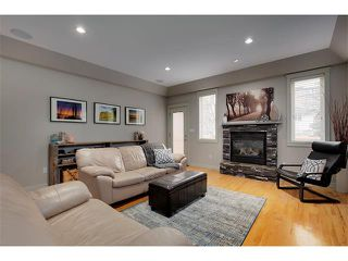 Photo 4: 2216 17A Street SW in Calgary: Bankview House for sale : MLS®# C4111759