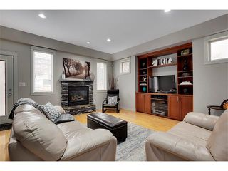 Photo 3: 2216 17A Street SW in Calgary: Bankview House for sale : MLS®# C4111759