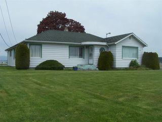 Photo 1: 10641 LADNER TRUNK Road in Delta: East Delta House for sale (Ladner)  : MLS®# R2162961