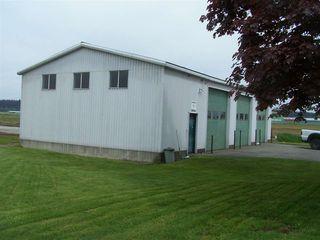 Photo 5: 10641 LADNER TRUNK Road in Delta: East Delta House for sale (Ladner)  : MLS®# R2162961