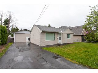 Photo 1: 12945 107 Avenue in Surrey: Whalley House for sale (North Surrey)  : MLS®# R2171977