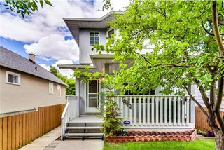 Photo 2: 514 12 Avenue NE in Calgary: Renfrew House for sale : MLS®# C4124531