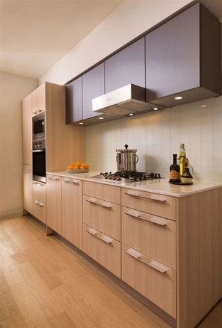 Photo 2: 709 2220 KINGSWAY Street in Vancouver: Downtown VE Condo for sale (Vancouver East)  : MLS®# R2199959