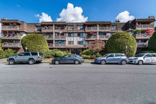 """Photo 1: 110 236 W 2ND Street in North Vancouver: Lower Lonsdale Condo for sale in """"Cragmont Place"""" : MLS®# R2201916"""