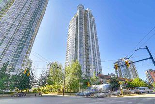 "Photo 18: 3201 198 AQUARIUS Mews in Vancouver: Yaletown Condo for sale in ""AQUARIUS II"" (Vancouver West)  : MLS®# R2202359"