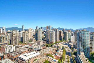 "Photo 16: 3201 198 AQUARIUS Mews in Vancouver: Yaletown Condo for sale in ""AQUARIUS II"" (Vancouver West)  : MLS®# R2202359"