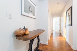 "Photo 18: 801 1088 QUEBEC Street in Vancouver: Mount Pleasant VE Condo for sale in ""The Viceroy"" (Vancouver East)  : MLS®# R2206969"