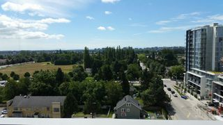 Photo 7: 1502 8833 HAZELBRIDGE Way in Richmond: West Cambie Condo for sale : MLS®# R2218906
