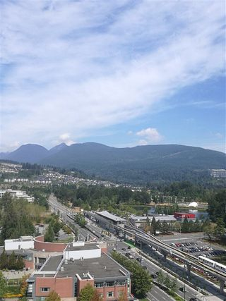 Photo 3: 2203 2979 GLEN Drive in Coquitlam: North Coquitlam Condo for sale : MLS®# R2219369