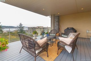 Photo 16: 408 3234 Holgate Lane in VICTORIA: Co Lagoon Condo Apartment for sale (Colwood)  : MLS®# 385420
