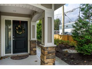"""Photo 2: 1 27234 30 Avenue in Langley: Aldergrove Langley Townhouse for sale in """"Mint Boutique Townhomes"""" : MLS®# R2226277"""