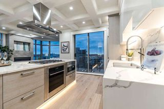 "Photo 4: 1106 160 E 13TH Street in North Vancouver: Central Lonsdale Condo for sale in ""The Grand"" : MLS®# R2235832"
