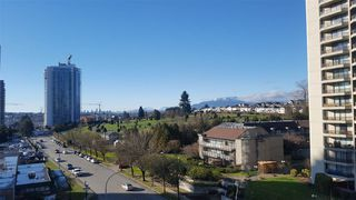 """Photo 2: 705 4380 HALIFAX Street in Burnaby: Brentwood Park Condo for sale in """"BUCHANAN NORTH"""" (Burnaby North)  : MLS®# R2240198"""