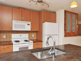 Photo 10: 208 1155 Yates St in VICTORIA: Vi Downtown Condo for sale (Victoria)  : MLS®# 779847