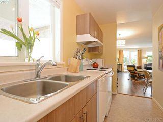 Photo 12: 108 2647 Graham St in VICTORIA: Vi Hillside Condo for sale (Victoria)  : MLS®# 780294