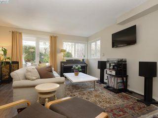 Photo 3: 108 2647 Graham St in VICTORIA: Vi Hillside Condo for sale (Victoria)  : MLS®# 780294