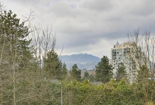 """Photo 17: 4 304 HIGHLAND Way in Port Moody: North Shore Pt Moody Townhouse for sale in """"HIGHLAND PARK"""" : MLS®# R2249831"""