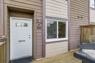 """Photo 1: 4 304 HIGHLAND Way in Port Moody: North Shore Pt Moody Townhouse for sale in """"HIGHLAND PARK"""" : MLS®# R2249831"""