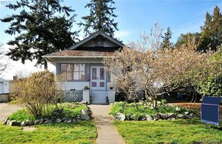 Photo 2: 412 Lampson St in VICTORIA: Es Saxe Point Single Family Detached for sale (Esquimalt)  : MLS®# 782016
