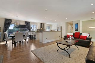 Photo 3: 1719 PETERS Road in North Vancouver: Lynn Valley House for sale : MLS®# R2252753