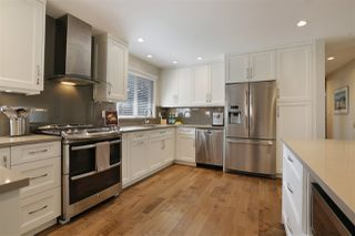 Photo 4: 1719 PETERS Road in North Vancouver: Lynn Valley House for sale : MLS®# R2252753