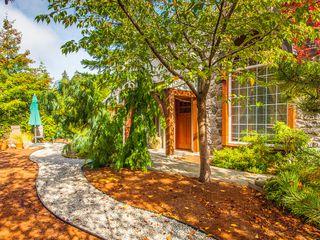 Photo 7: 2352 Bonnington Dr in Fairwinds: House for sale : MLS®# 382448