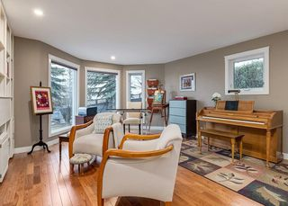 Photo 17: 16 COACH GATE Court SW in Calgary: Coach Hill House for sale : MLS®# C4184031