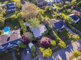 "Photo 2: 1741 ALLISON Road in Vancouver: University VW House for sale in ""UNIVERSITY ENDOWMENT LANDS"" (Vancouver West)  : MLS®# R2268035"