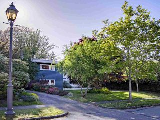 "Photo 19: 1741 ALLISON Road in Vancouver: University VW House for sale in ""UNIVERSITY ENDOWMENT LANDS"" (Vancouver West)  : MLS®# R2268035"