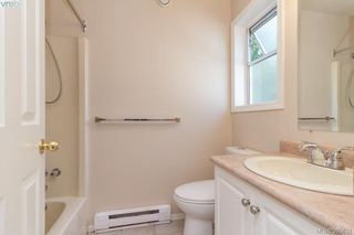 Photo 21: 628 Cairndale Road in VICTORIA: Co Triangle Single Family Detached for sale (Colwood)  : MLS®# 395631