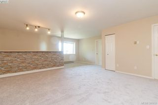 Photo 18: 628 Cairndale Road in VICTORIA: Co Triangle Single Family Detached for sale (Colwood)  : MLS®# 395631