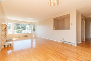 Photo 8: 628 Cairndale Road in VICTORIA: Co Triangle Single Family Detached for sale (Colwood)  : MLS®# 395631