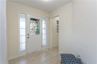 Photo 3: 26 Lothbury Drive in Brampton: Northwest Brampton House (2-Storey) for sale : MLS®# W4198478