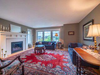 "Photo 5: 4995 BAY Road in Sechelt: Sechelt District House for sale in ""Davis Bay"" (Sunshine Coast)  : MLS®# R2304196"