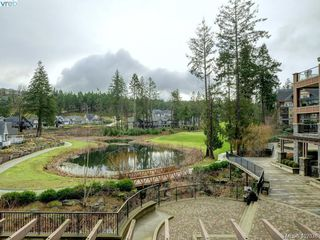 Photo 2: 301 1325 Bear Mountain Parkway in VICTORIA: La Bear Mountain Condo Apartment for sale (Langford)  : MLS®# 402336