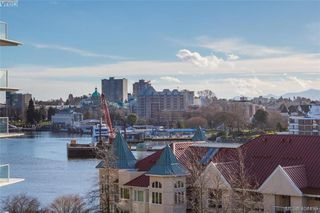 Photo 1: 516 68 SONGHEES Road in VICTORIA: VW Songhees Condo Apartment for sale (Victoria West)  : MLS®# 404439