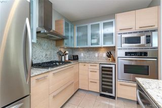 Photo 13: 516 68 SONGHEES Rd in VICTORIA: VW Songhees Condo Apartment for sale (Victoria West)  : MLS®# 803625