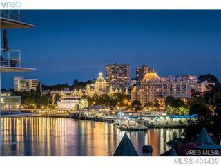 Photo 3: 516 68 SONGHEES Road in VICTORIA: VW Songhees Condo Apartment for sale (Victoria West)  : MLS®# 404439