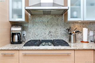 Photo 14: 516 68 SONGHEES Road in VICTORIA: VW Songhees Condo Apartment for sale (Victoria West)  : MLS®# 404439