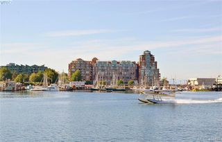 Photo 6: 516 68 SONGHEES Road in VICTORIA: VW Songhees Condo Apartment for sale (Victoria West)  : MLS®# 404439
